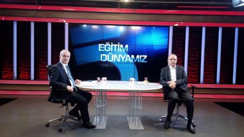 Eski MEB Prof. Dr. Ömer Dinçer Eğitim Dünyamız Programı öncesi 2020 12 08